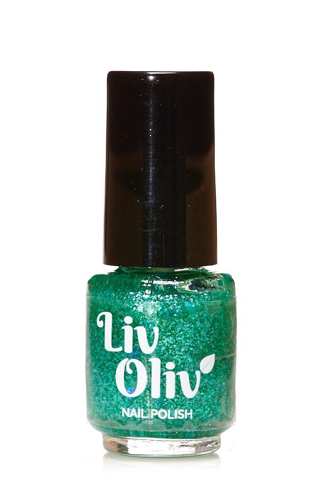 Livoliv cruelty free nail polish turquoise