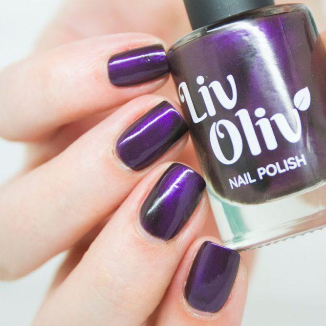 livoliv cruelty free magnetic nail polish deep pruple